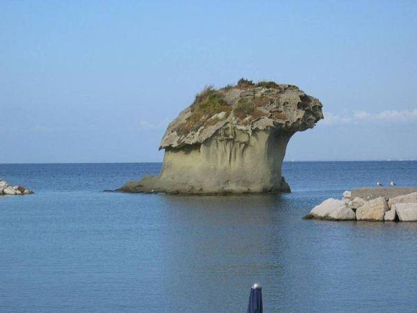 В каждом муниципалитете острова искья